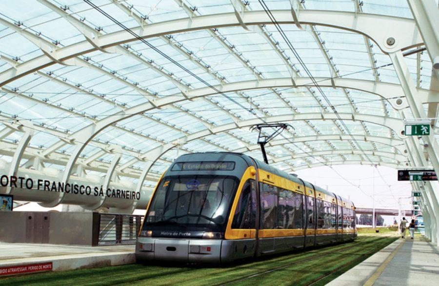 Estação de Metro - Aeroporto Sá Carneiro